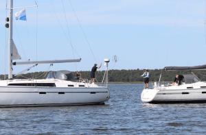 Ruderbruch-Yacht-Leinenübergabe
