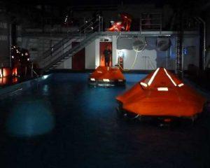 ISAF Sicherheitstraining | ISAF Training | Überlebenstraining | Offshore Sea Survival Refresher | Rettungsinsel